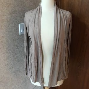Love Culture Open front cardigan size s